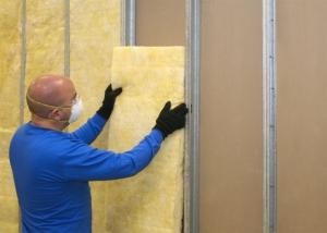 Aplicação de Lã de Vidro drywall - Acusterm isolamentos termicos e acusticos