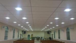 Isopor em isolamento para teto - Aplicação em igreja - Acusterm isolamentos termicos e acusticos